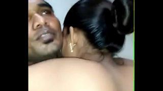 देसी गर्ल की न्यू साल पर चुदाई का वीडियो