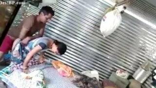मराठी भाभी की चुदाई कन्स्ट्रक्षन साइट पर